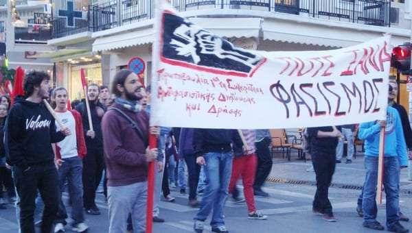 antifasistiki_10_10_2012-empros
