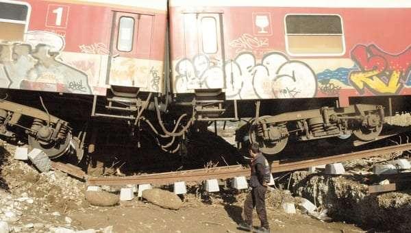 treno_11_2012-empros
