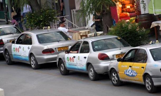 agoraia taxi